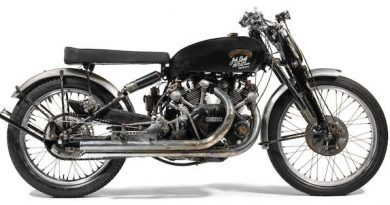 1951 Vincent 998cc Black Lightning